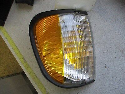 Partslink Number FO2520122 OE Replacement Ford Econoline Driver Side Parklight Assembly