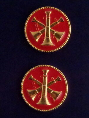 """Fire Deputy/Assistant Chief 3 Bugles  GOLD & RED Discs Collar/Lapel Pins 1"""" USA"""