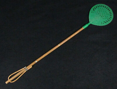 Antique Shell Gas and Oil Co., Elmwood Park, Chicago, IL Rubber Neck Fly Swatter