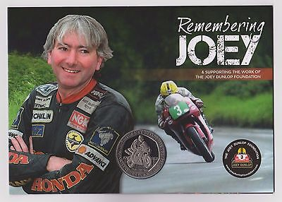 New Remembering Joey Dunlop Isle Of Man Tt Commemorative Crown In Special Card