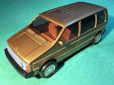Plymouth Voyager The Magic Wagon Diecast Model with Box Company Promo