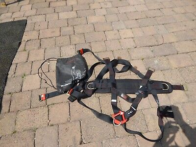 JSP 3 Point Harness Never Used in Bag RRP £40