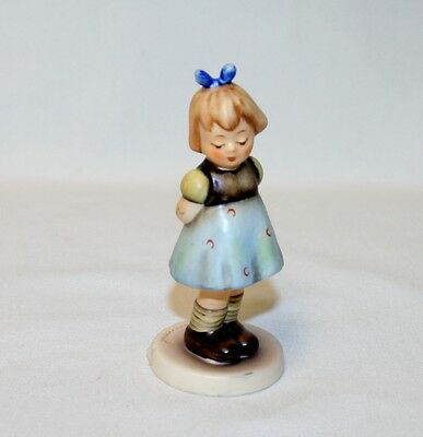 "Vintage Goebel Hummel ""two Hands One Treat""  Figurine #493 - Germany 4"" Tall"