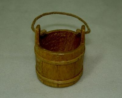 Dollhouse Sir Thomas Thumb Artisan Wood Water Bucket 1:12 Scale Miniature