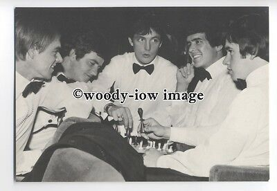 su2377 - 1960's Pop Group - The Dave Clark 5 - postcard