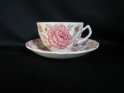 Johnson Brothers - ROSE CHINTZ - Teacup and Saucer