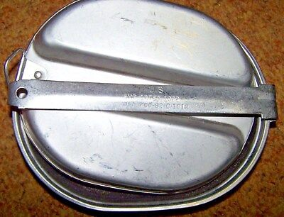 Mess Kit, 1982 Dated, U.s. Issue *nice*