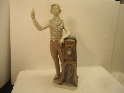 """Lladro - rare Photographer with Camera. large 13"""" mint"""