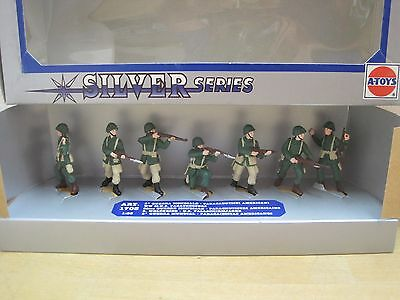 1:35  A-Toys 1703 WWII US Paratroopers neu