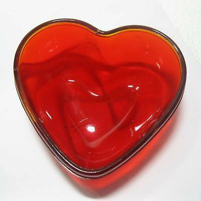 "Red glass bowl/dish heart shape 4.25""x4.4""x2"" (amberina) ᴴ"