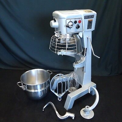 Hobart 30 Quart Mixer D300T W 4 Oem Attachments - Absolutely Flawless!!
