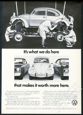 1972 VW Beetle classic car being assembled photo Volkswagen 11x8 vintage ad