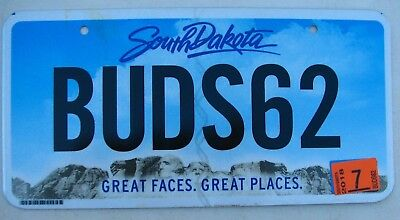 """Sd Graphic Mt Rushmore Vanity License Plate """" Buds 62 """" Bud's 1962 Ford Chevy"""