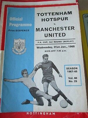 1967-68 Tottenham Hotspur v Manchester United FA Cup 3rd round replay 31.1.1968