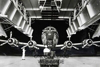 1948 United Airlines Douglas Dc-6 Aviation Service Hanger 8X12 Photo Airplane