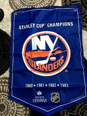 2018  Molson Canadian  Stanley Cup Champions Banner  New York Islanders