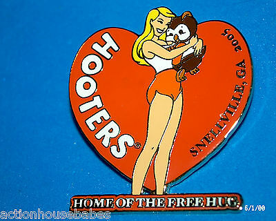 Hooters Restaurant Home Of Free Hug Snellville Ga Heart Lapel Pin - Store Closed