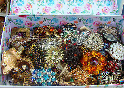 All Vintage All Rhinestone Art Glass Stone Over 120 Brooches Pins Lot Nice As Is