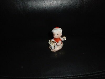 Vintage Lefton Christmas Baby Angel Holding Present Figurine Made In Japan