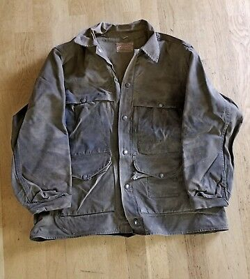 Vintage C.C. FILSON Co. Oil Cloth Hunting Shooting Outdoors Work Jacket