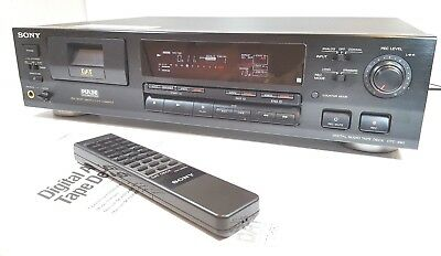 SONY DTC-690 DAT RECORDER - Digital Audio tape - Remote control - MINT CONDITON