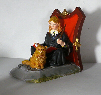 Collectible Harry Potter Hermione Granger Decorative Bookend Figurine - Estate