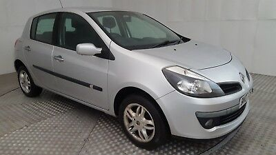2007 Renault Clio Dynamique Dci 86 Silver 1.5 Diesel 5 Speed Manual Hatchback