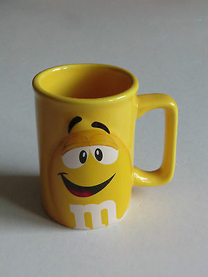 M&M  M&M 's Sammlertasse Tasse Becher Kaffeebecher in Yellow gelb NEU  s. Fotos