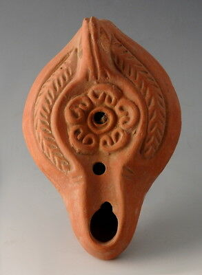 Roman Terracotta Oil Lamp Depicting A Floral Motif (M9)