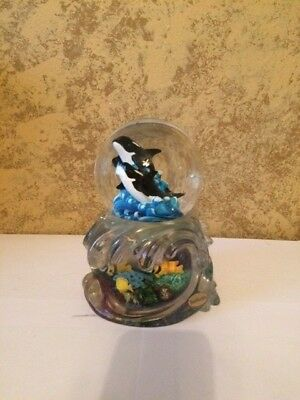 "Sea World Snow Glass Globe  7"" Orca Whale Shamu"