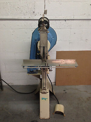 Bostitch Bronco 7 AW Wire Stitcher