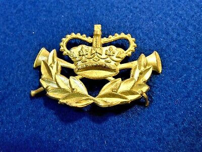 Genuine Antique Gpo Postman's Crown And Post Horns Brass Cap Badge