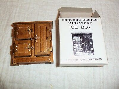 Vintage Concord Ice Box New Old Stock