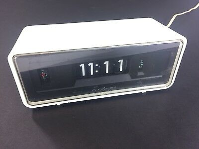 GE Alarm Clock White Model 8125 1970s General Electric Rolling Numbers Vintage