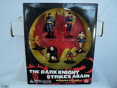 DC Direct Batman Dark Knight Strikes Again 6-Piece PVC set! Superman (T 319)