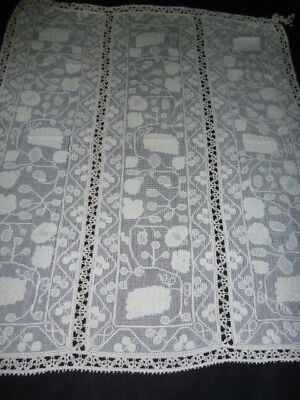 """FAB Antique Vintage ITALIAN BURATTO Lace Table Cover 35 x 42"""" Corner Tassels"""