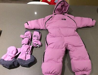 Girls Spotty Otter snowsuit with matching booties and gloves 1-2 years