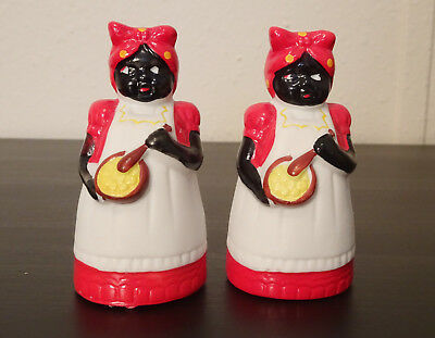 Vintage *Rare* Mammy Salt and Pepper Shakers Antique