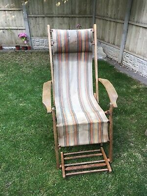 Antique Deck Chair / used / house find / nice original condition with foot rest