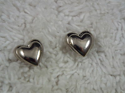 Silvertone Heart Pierced Earrings (B7)