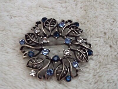 Silvertone Blue Rhinestone Leaf Wreath Pin (A43)