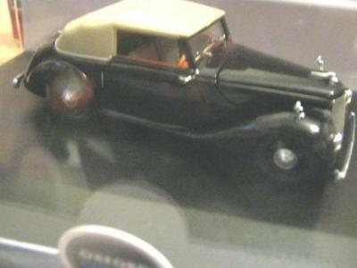 OXFORD DIE-CAST -1/43 scale ARMSTRONG SIDDELEY HURRICANE (CLOSED TOP) RHD M.I.B.