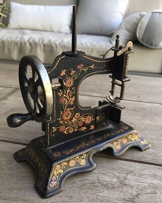 ANTIQUE Ornate Cast Iron TOY HAND CRANK SEWING MACHINE Possibly Muller German