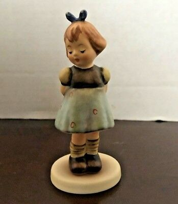 "Goebel M.I. Hummel Club ""Two Hands, One Treat"" 4-1/4"" Vintage Figurine, Germany"