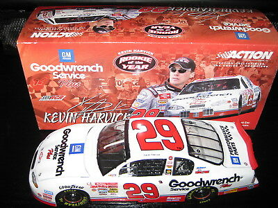 2001 Kevin Harvick 1:24 Action Diecast #29 Goodwrench Service ROOKIE of the Year