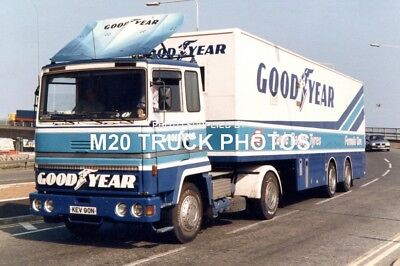 M20 Truck Photos - Ford Transcontinental - Good Year Racing.
