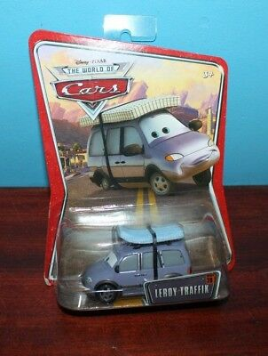 NEW Leroy Traffik CARS Race O Rama Disney Pixar 28 N2481 WOC M1054 Traffic Van