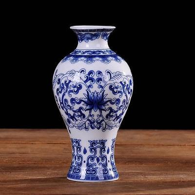 Antique Traditional Chinese Blue And White Porcelain Vase