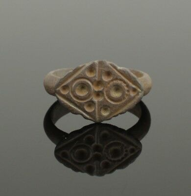 Ancient Celtic Bronze Ring - Circa 50 Bc  034