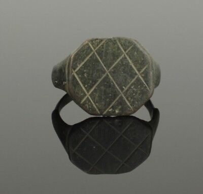 Ancient Roman Bronze Ring - Circa 2Nd Century Ad  035